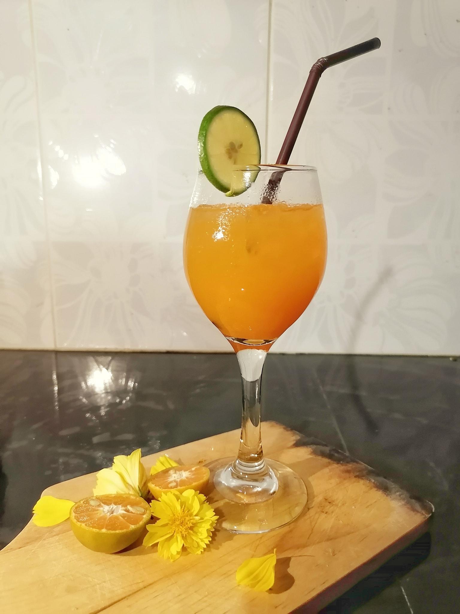 น้ำส้มคั้นอินทรีย์ สูตรอาหาร วิธีทำ แม่บ้าน