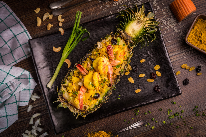 ข้าวผัดสับปะรด สูตรอาหาร วิธีทำ แม่บ้าน