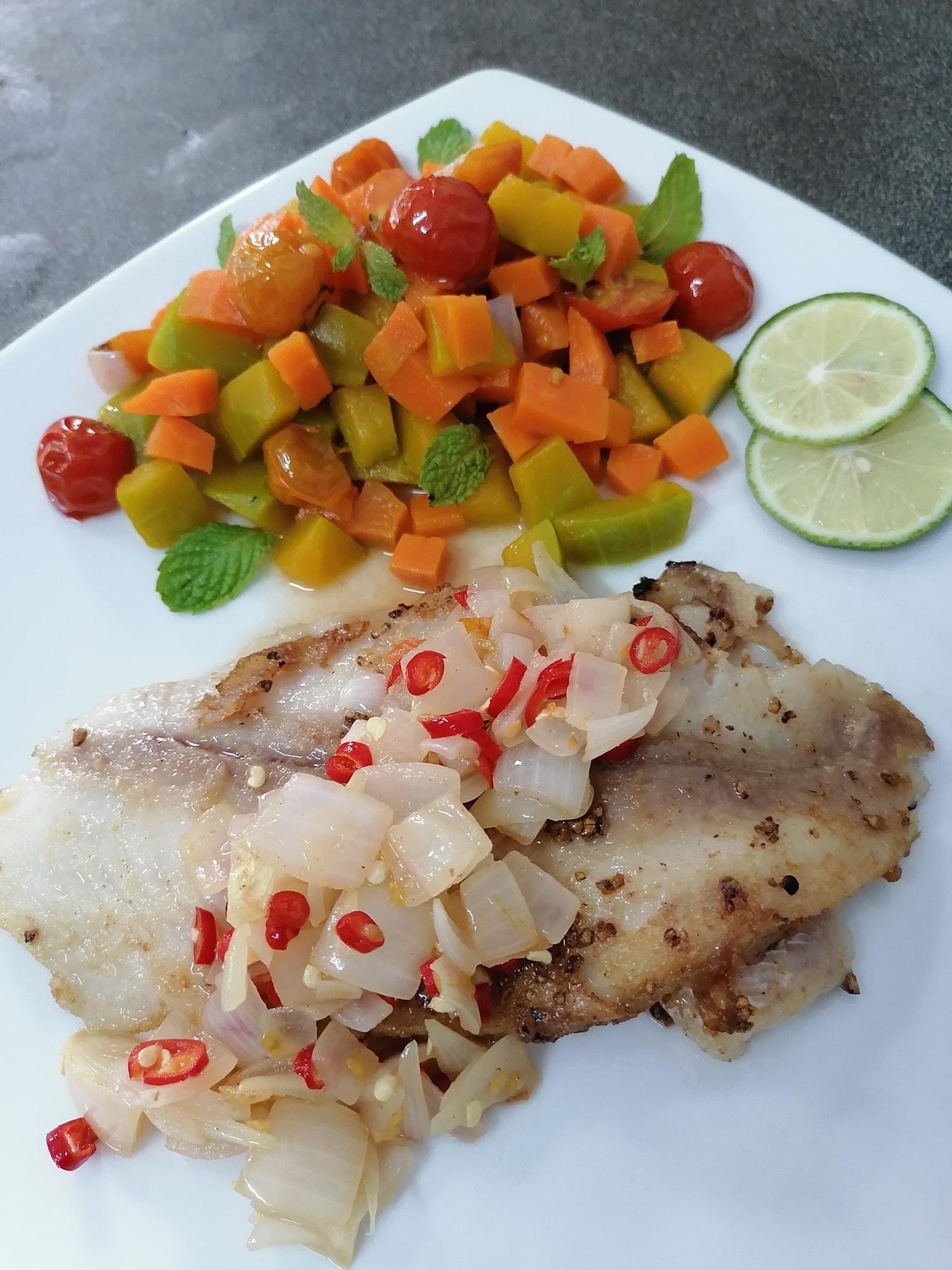 สเต็กปลาดอร์ลี่ไทย ๆ สูตรอาหาร วิธีทำ แม่บ้าน