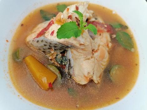 แกงปลาสมุนไพร สูตรอาหาร วิธีทำ แม่บ้าน
