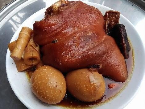 ขาหมูไข่พะโล้หน่อไม้สด สูตรอาหาร วิธีทำ แม่บ้าน