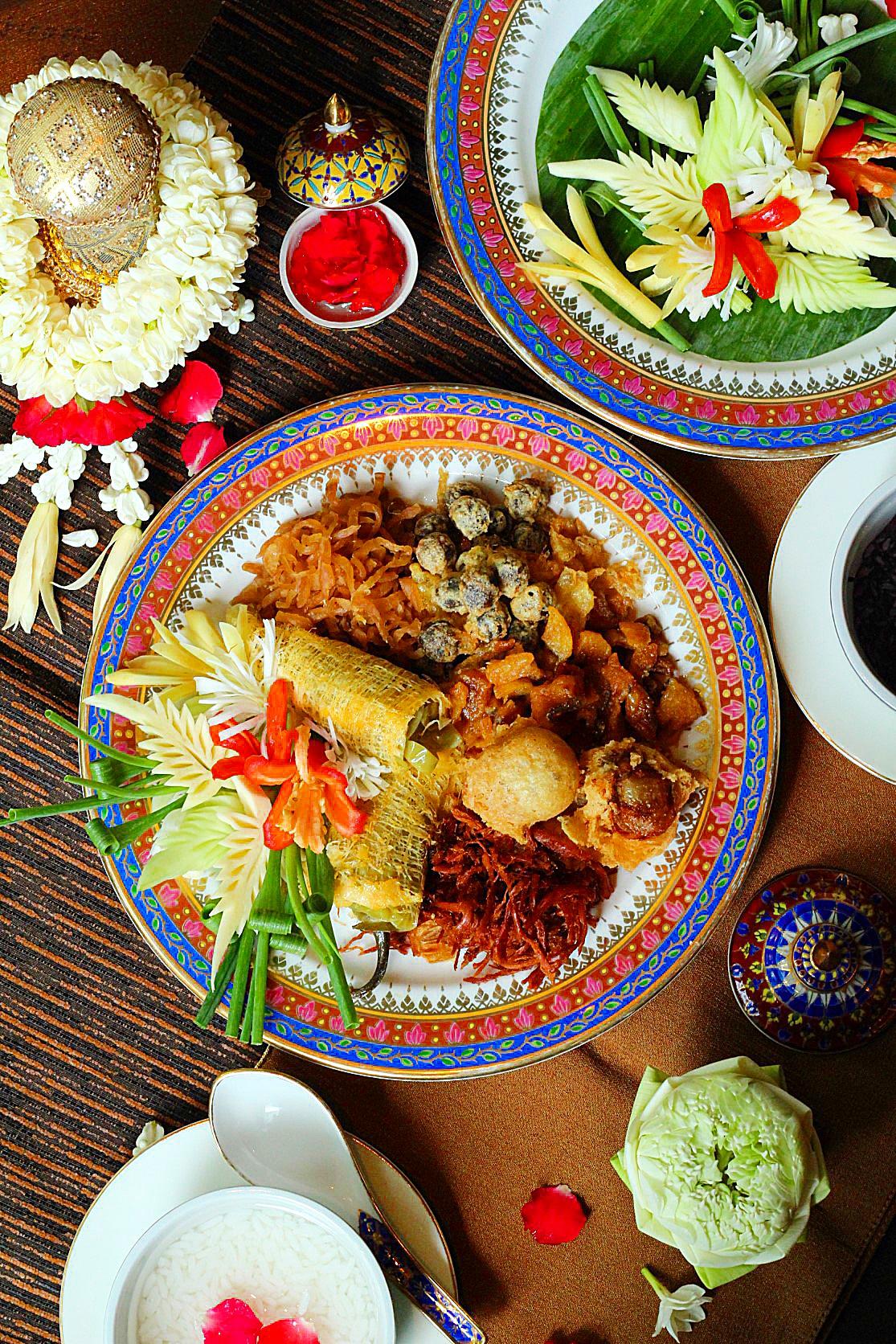 """สดชื่น คลายร้อน กับ """"ข้าวแช่ต้นตำรับชาววัง"""" ณ ห้องอาหารปทุมมาศ โรงแรม เดอะ สุโกศล กรุงเทพ ตลอดเดือนเมษายน 2563"""