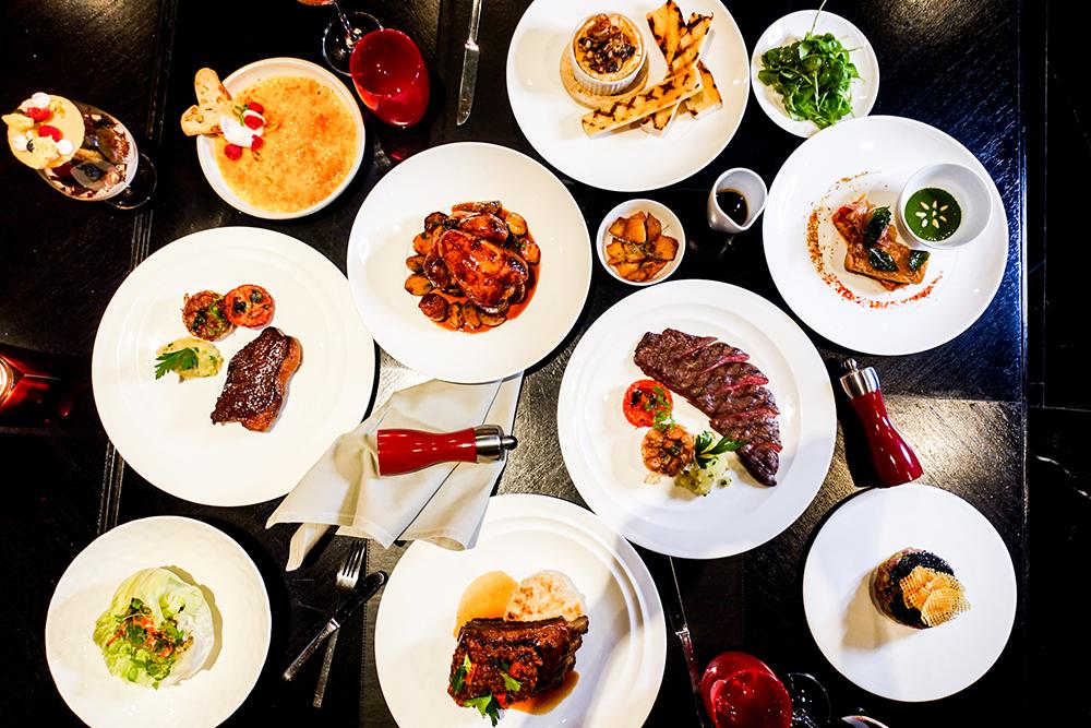 ลิ้มลองเมนูใหม่สุดพรีเมี่ยมสำหรับมื้อค่ำ ที่ห้องอาหาร เดอะ ดิสทริคท์ กริลล์ รูม แอนด์ บาร์