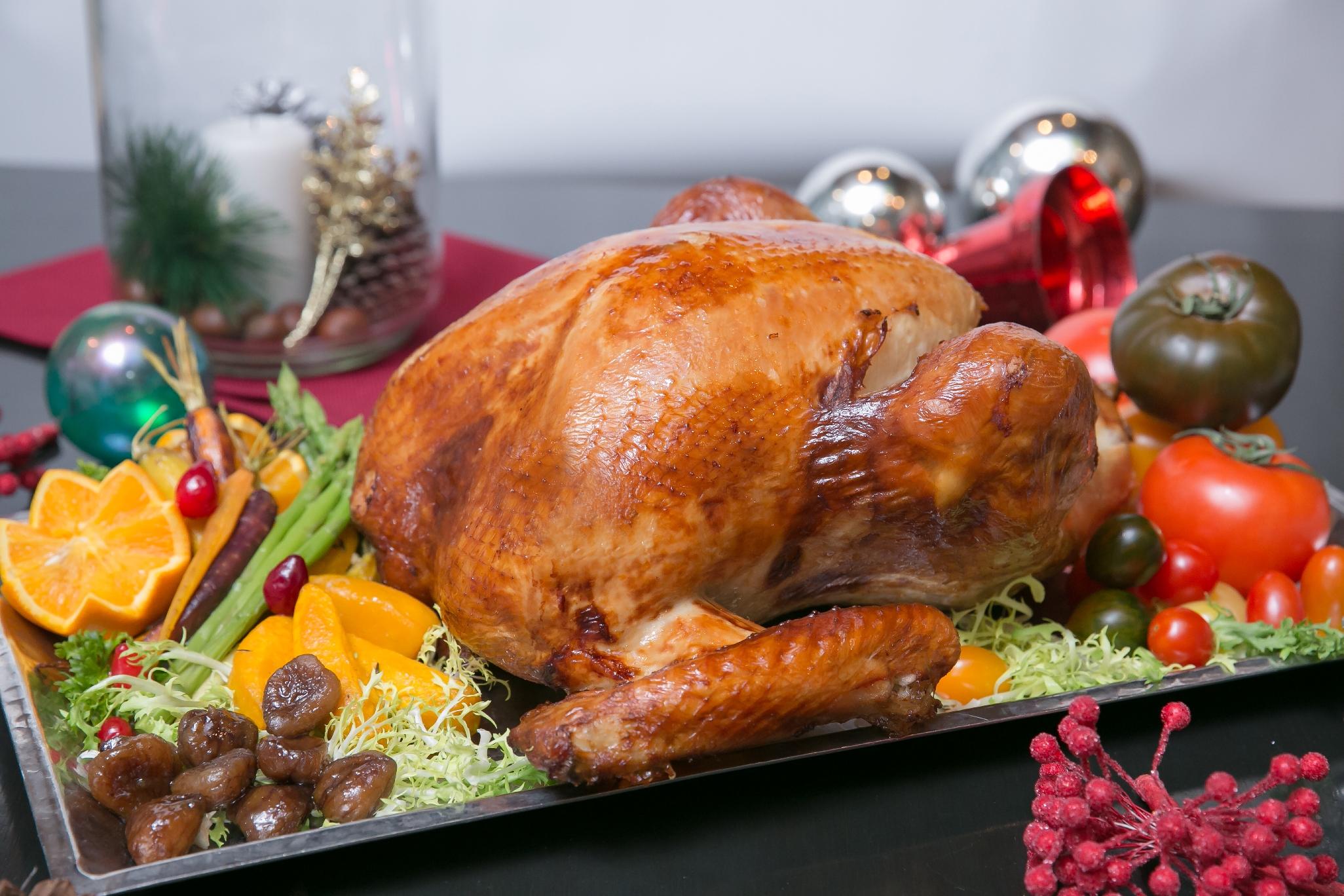อิ่มเอมสุขสันต์ ฉลองเทศกาลคริสต์มาสแบบจัดเต็มกับบุฟเฟ่ต์อาหารสไตล์อิตาเลียน - ไทยฟิวชั่น ห้องอาหารเวนตี้ซี้ โรงแรมเซ็นทาราแกรนด์ฯ เซ็นทรัลเวิลด์ สำนักพิมพ์แม่บ้าน