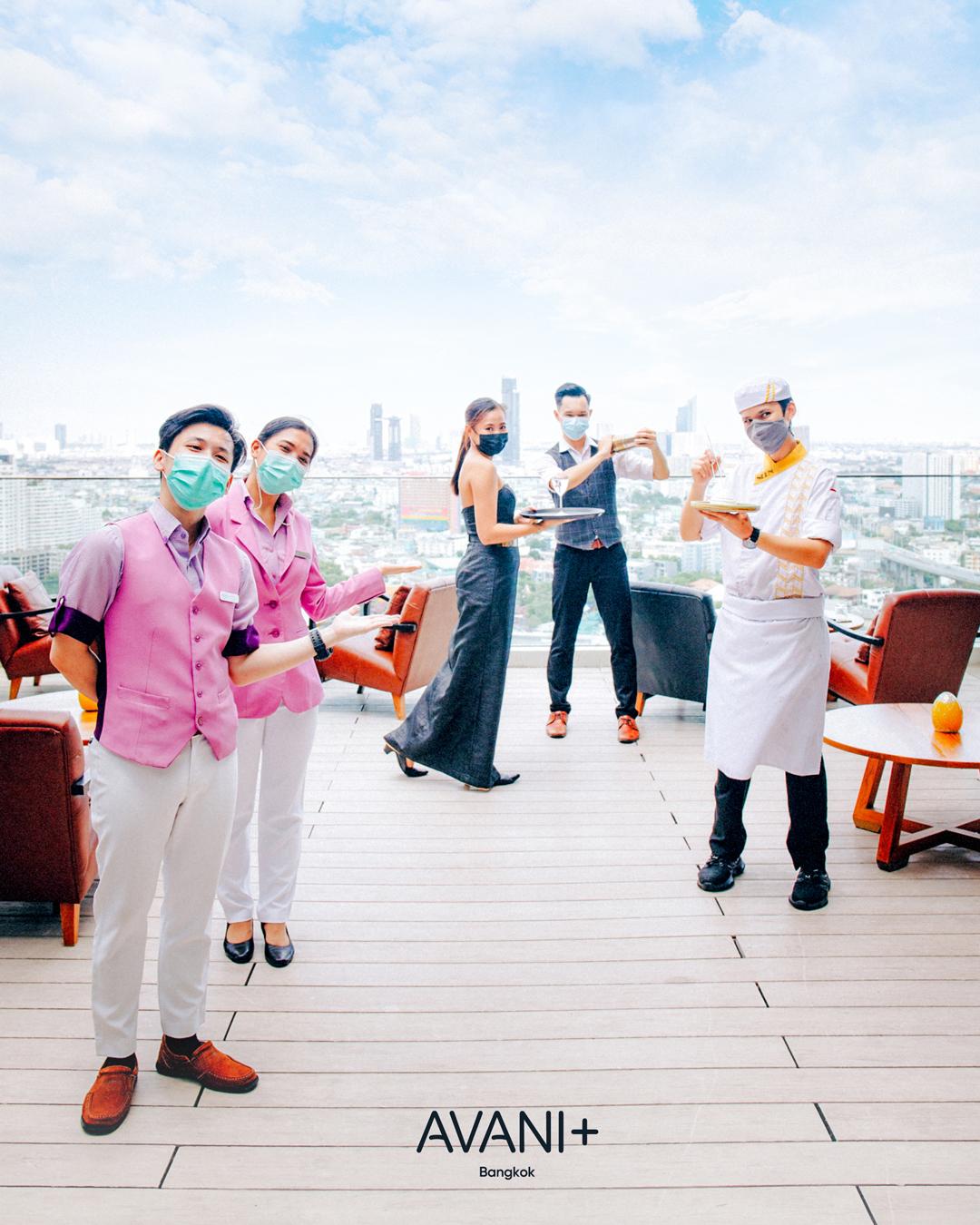 พนักงานของอนันตรา ริเวอร์ไซด์ และโรงแรมอวานี พลัส ริเวอร์ไซด์ กรุงเทพฯ  ได้รับวัคซีนโควิด-19 ครบโดส สำนักพิมพ์แม่บ้าน
